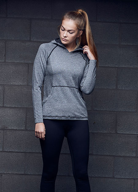 seamless body • side seam design detail • raglan sleeves • front kangaroo pocket • even hem • dual sizing •  imported